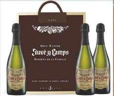 Raudonas vynas 3 Juvé  de La Familia en caja de madera