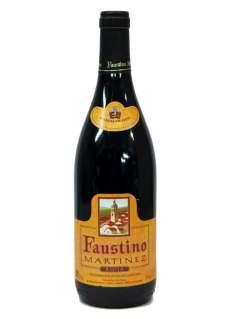 Raudonas vynas Faustino Martínez